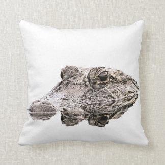 Coussin d'alligator