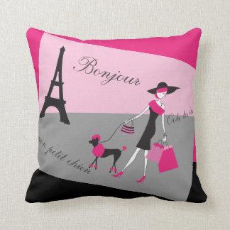 Coussin Dans la femme de Paris et le rose et le noir de