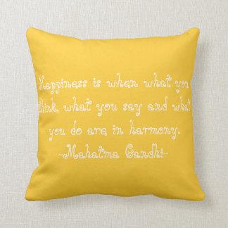 """Coussin de coton de """"bonheur"""" de jaune"""