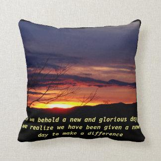 Coussin de coucher du soleil, mots de la sagesse