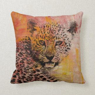 Coussin de guépard, décor tribal, décor africain