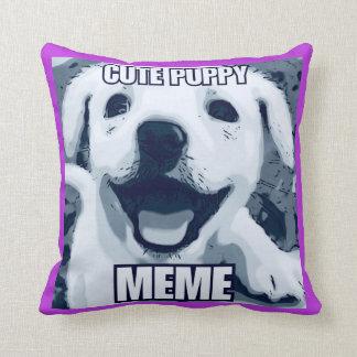 Coussin de Meme de chiot