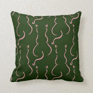 Coussin de vert vert avec le motif des chats roses