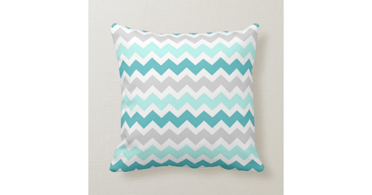 coussin d coratif gris turquoise de chevron zazzle. Black Bedroom Furniture Sets. Home Design Ideas