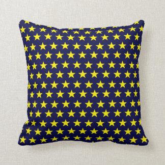 Coussin Dekokissen bleu avec des étoiles jaunes