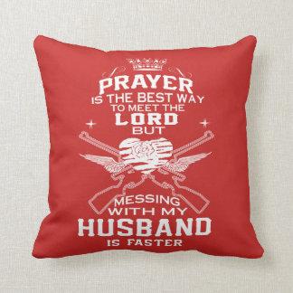 Coussin Désordre avec mon mari !