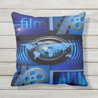 Coussin D'extérieur Collage bleu de film