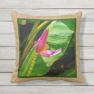 Coussin D'extérieur Extérieur réversible hawaïen de fleur de banane
