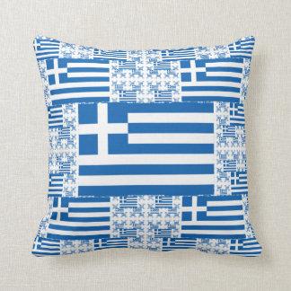 Coussin Drapeau de la Grèce dans des couches colorées