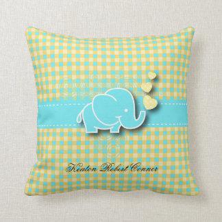 Coussin Éléphant jaune et bleu de bébé de plaid