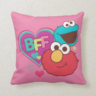 Coussin Elmo et monstre de biscuit - BFF