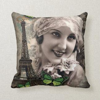 Coussin fille gatsby vintage de papillon vert d'art déco