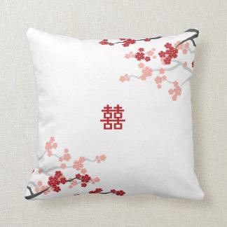 Coussin Fleurs de cerisier chinoises de mariage de double