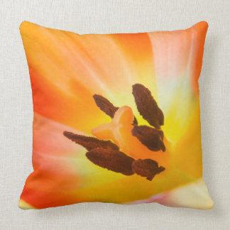 Coussin Flora orange