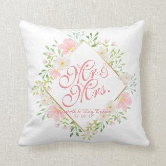Coussin floral personnalisé de mariage d'aquarelle