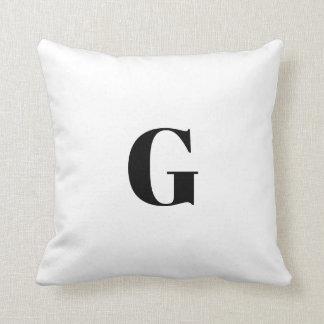 Coussin G une lettre simple