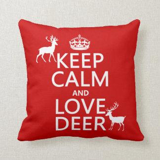 Coussin Gardez le calme et aimez les cerfs communs (toute