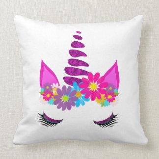 Coussin Girly mignon superbe fleuri de licorne