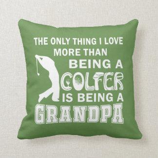 Coussin Grand-papa au-dessus du golf