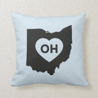 """Coussin J'aime le carreau 16"""" d'état de l'Ohio x 16"""""""