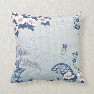 Coussin Jardin d'agrément japonais bleu-clair élégant