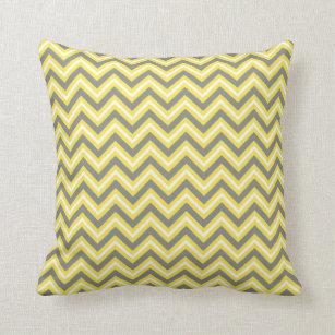coussins chevron gris et jaune personnalis s. Black Bedroom Furniture Sets. Home Design Ideas