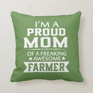 Coussin Je suis la MAMAN D'UN AGRICULTEUR FIER