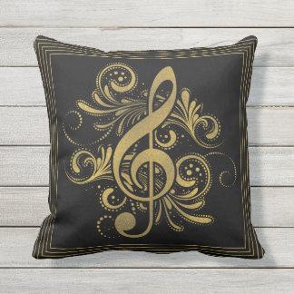 Coussin La musique note la forme de coeur en or