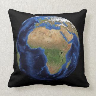 Coussin La terre Afrique l'Europe et globe d'océans