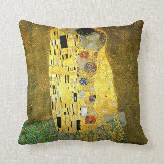 Coussin Le ~ Gustav Klimt de baiser