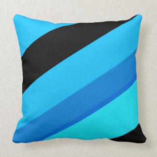 Coussin Le noir bleu de turquoise barre le carreau