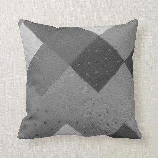 Coussin le patchwork tricoté par style vintage ajuste