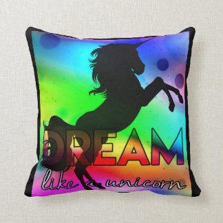Coussin Le rêve aiment une licorne ! - Conception