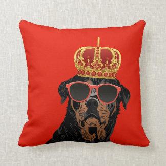 Coussin Le Roi Rottweiler de la vie de voyou pour des