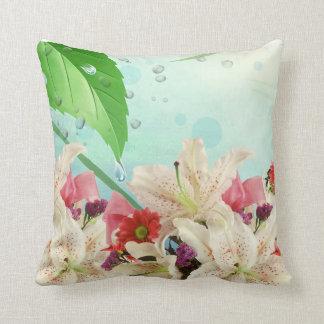 Coussin Les orchidées de regard fraîches font un beau