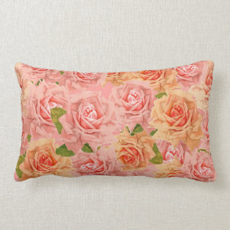 Coussin lombaire de roses roses