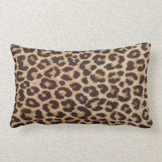 Coussin lombaire d'empreinte de léopard