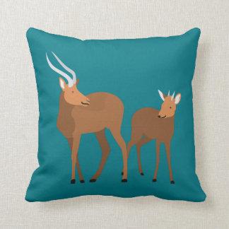 Coussin Maman et bébé d'antilope