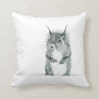 Coussin mignon de dessin d'écureuil