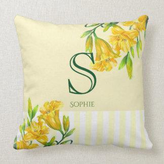 Coussin Monogramme floral jaune d'art d'hémérocalles