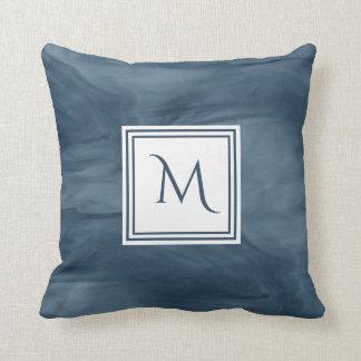 Coussin Monogramme moderne de marbre subtil simple de bleu