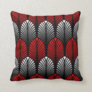 coussins argent noir rouge personnalis s. Black Bedroom Furniture Sets. Home Design Ideas