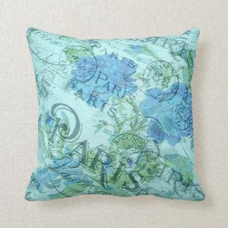 Coussin Motif floral bleu vintage de cachet de la poste de