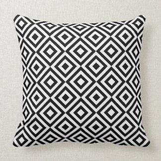 Coussin Motif géométrique noir et blanc de diamant