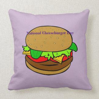 Coussin national de jour de cheeseburger de