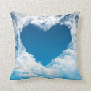 coussins nuages bleu ciel. Black Bedroom Furniture Sets. Home Design Ideas