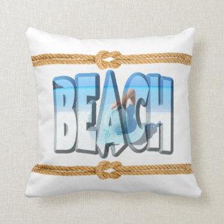 Coussin Océan doucement blanc et bleu d'avant de plage