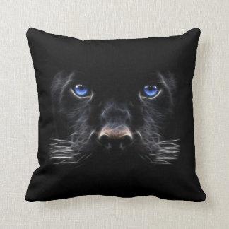Coussin Panthère noire d'yeux bleus