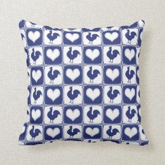 Coussin Pays de coq et de coeur bleu et blanc de ferme
