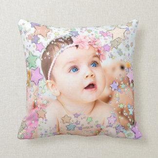 Coussin personnalisé par photo étoilée de bébé